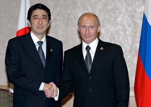 Nhật – Nga thúc đẩy đối thoại giải quyết tranh chấp lãnh thổ