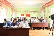 Mở  lớp dạy nghề trồng, chăm sóc cà phê cho chị em đồng bào Jrai