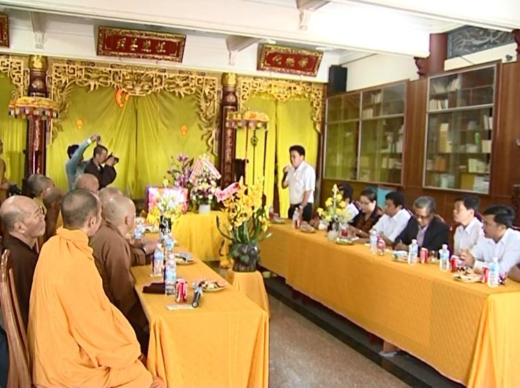 PCT thường trực UBND tỉnh thăm Ban Trị sự Phật giáo tỉnh
