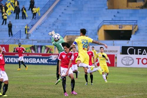 Chơi thiếu người, Hà Nội T&T vẫn thắng nhàn trước Đồng Nai