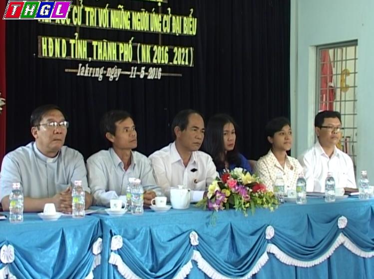 Ứng cử viên đại biểu HĐND tỉnh nhiệm kỳ 2016-2021 tiếp xúc cử tri phường Ia Kring và Diên Phú.