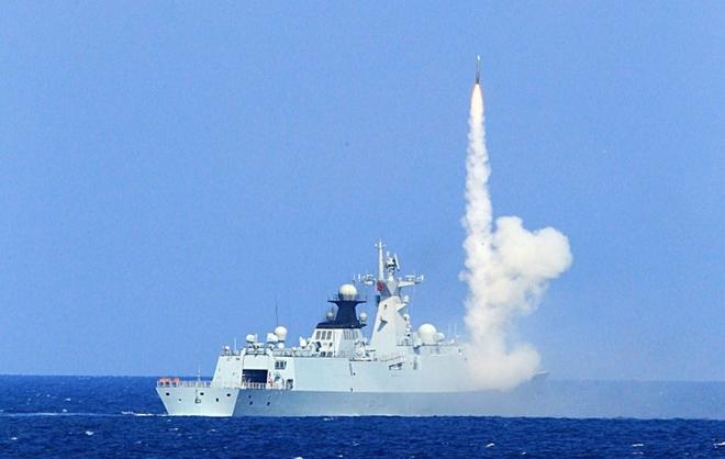 Tàu chiến Trung Quốc phóng tên lửa ở Biển Đông