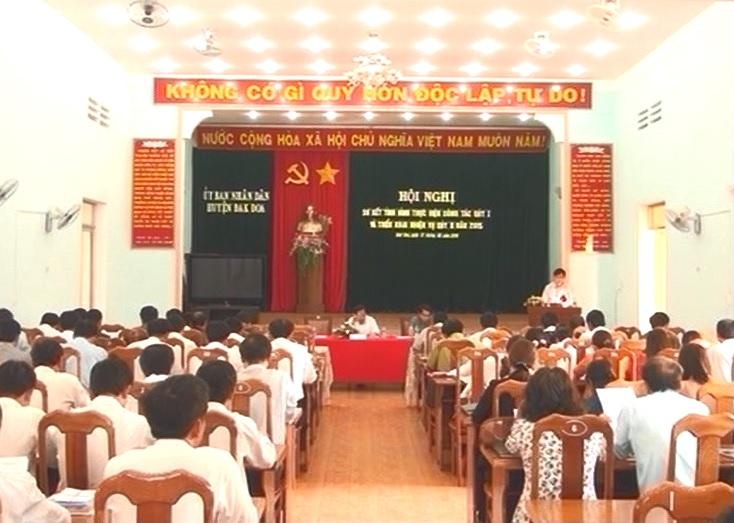 UBND Huyện Đak Đoa sơ kết công tác quí I, năm 2015