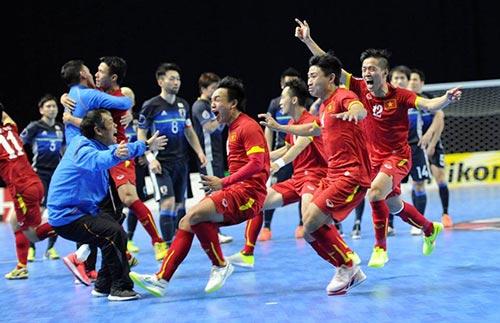ĐT futsal VN: Khóc như mưa vì chiến tích World Cup