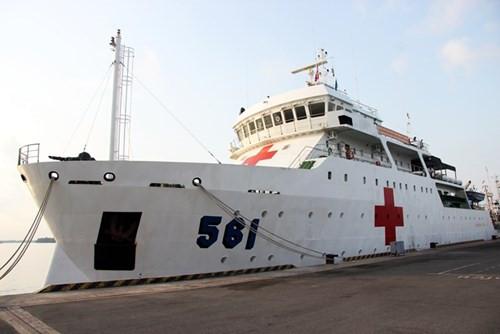 """Hình ảnh: """"Bệnh viện trên biển"""" lớn nhất Đông Nam Á của Hải quân VN"""