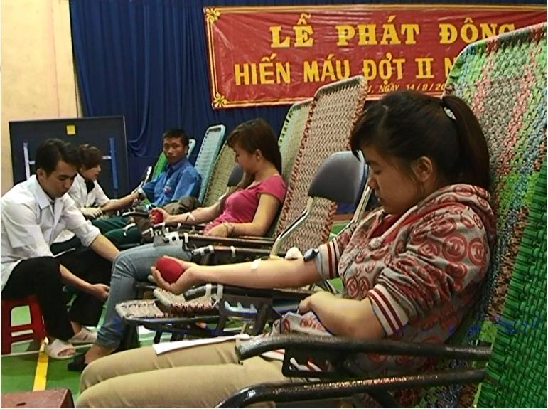 Thành phố Pleiku tổ chức Lễ phát động hiến máu tình nguyện đợt II năm 2013.