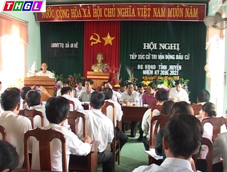 Các ứng cử viên Đại biểu HĐND tỉnh  khóa XI tiếp xức cử tri xã Ia Vê và Ia Bang-Chư Prông.