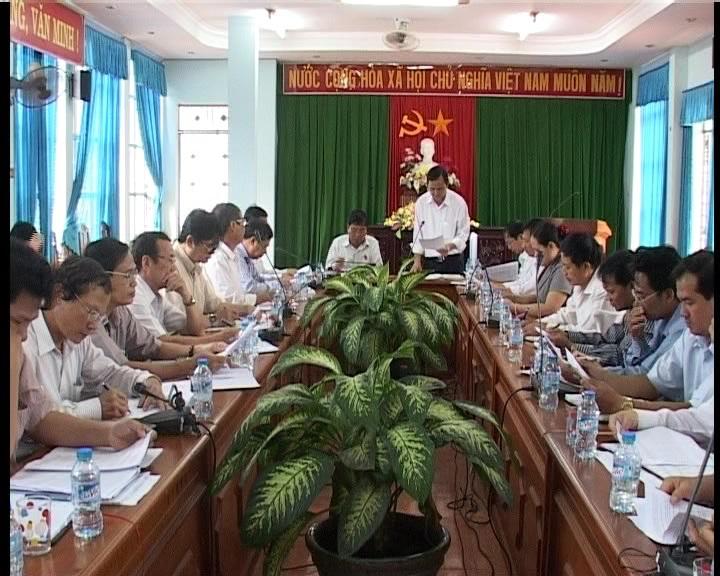 Đoàn ĐBQH tỉnh giám sát chương trình mục tiêu quốc gia về xây dựng nông thôn mới trên địa bàn huyện Đức Cơ.