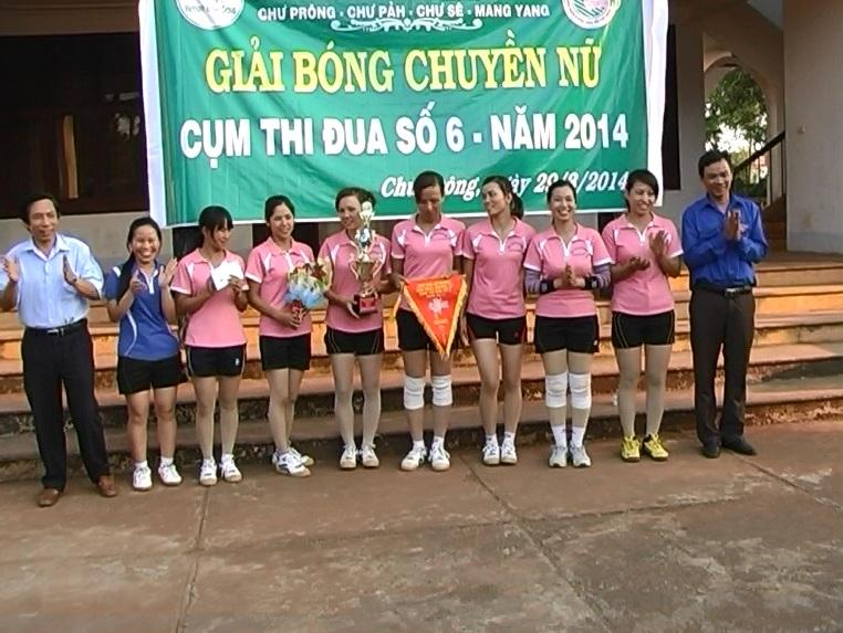 Giải bóng chuyền nữ Thanh niên 4 Công ty cao su.