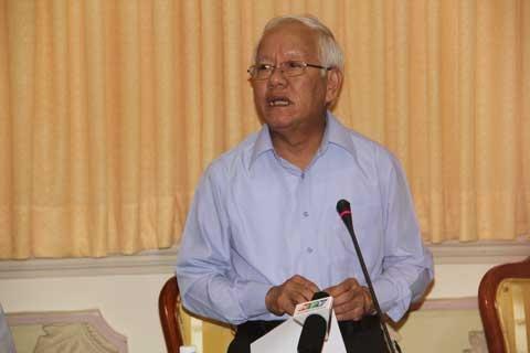 Chủ tịch TP.HCM cũng 'choáng' vụ lương 2,6 tỷ