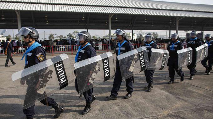 Người biểu tình Thái Lan thề chiếm Bangkok