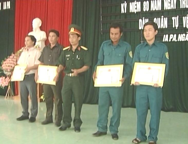 Huyện Ia Pa tổ chức Tọa đàm kỷ niệm 80 năm ngày truyền thống  Dân quân tự vệ