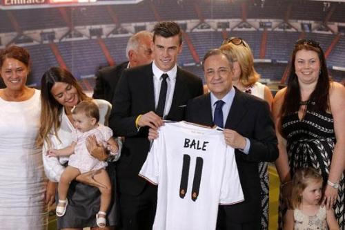 Hàng chục nghìn CĐV Real Madrid chào đón G. Bale