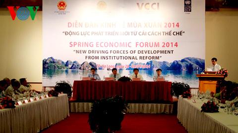 Diễn đàn Kinh tế mùa Xuân 2014: Rủi ro nền kinh tế còn lớn