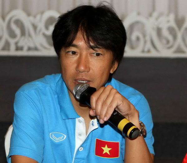 HLV Miura: 'U.23 Việt Nam sẽ trình diễn một diện mạo khác trước khán giả TP.HCM'