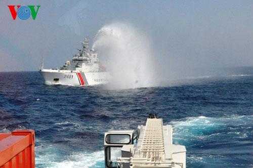 Trung Quốc tiếp tục dùng tàu tốc độ cao cản phá tàu Việt Nam