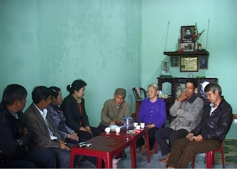 Công ty Cổ phần Kinh doanh và Phát triển Miền núi Gia Lai bàn giao nhà tình nghĩa ở thị trấn Ia Kha, huyện IaGrai