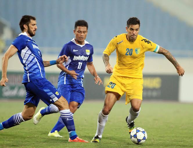 Vòng sơ loại cúp C1 châu Á 2015 Hà Nội T&T thắng đậm Persib Bandung
