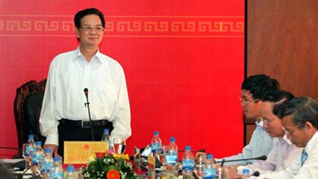 Thủ tướng làm việc với lãnh đạo chủ chốt tỉnh Quảng Ngãi
