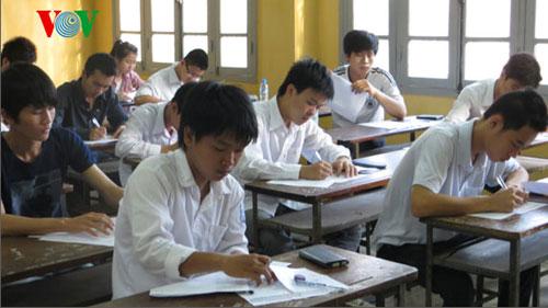 Hơn 910.000 thí sinh bắt đầu thi tốt nghiệp THPT