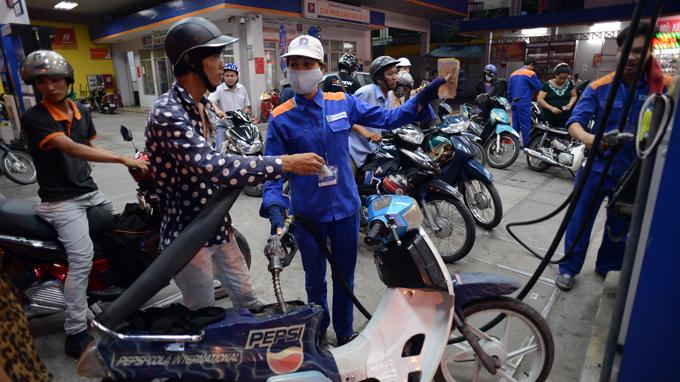 Nhà nước sẽ giảm can thiệp giá xăng dầu