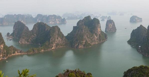 Vịnh Hạ Long lọt vào danh sách 15 kiến tạo tự nhiên kỳ diệu nhất thế giới