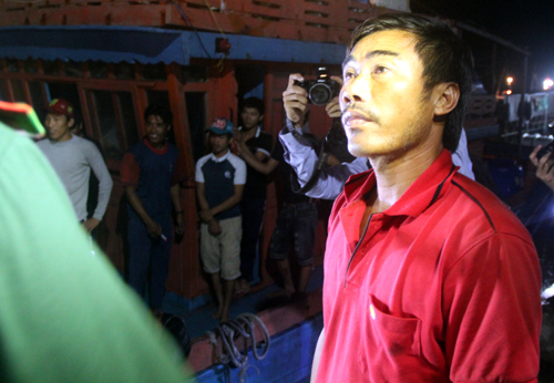 Chủ tàu đoạt súng, đối mặt nhóm bắn chết ngư dân ở Trường Sa