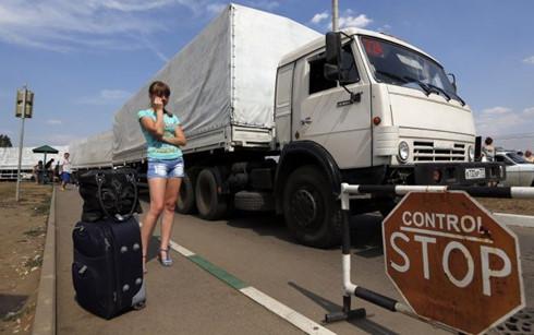 """Nga """"cấm cửa"""" các loại xe tải mang biển số Ukraine để trả đũa"""