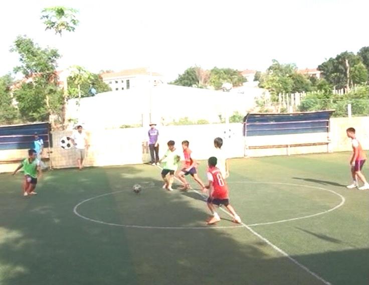 Ngành Giao dục đào tạo huyện Đak Đoa tổ chức giải bóng đá mini cho học sinh tiểu học và trung học cơ sở