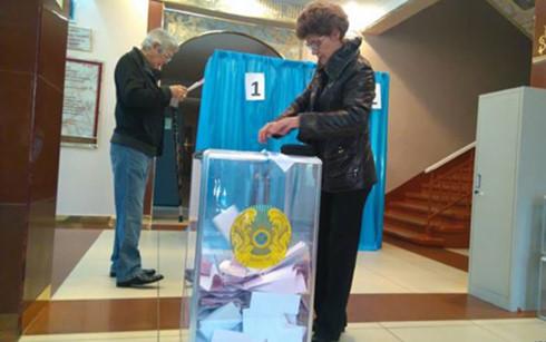 Kazakhstan bầu cử Quốc hội trước thời hạn