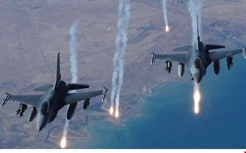 IS đang bị đánh bật khỏi Iraq và Syria