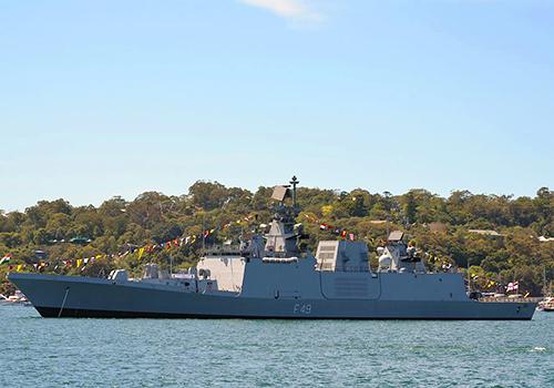 Tàu chiến tàng hình của Hải quân Ấn Độ đến Đà Nẵng