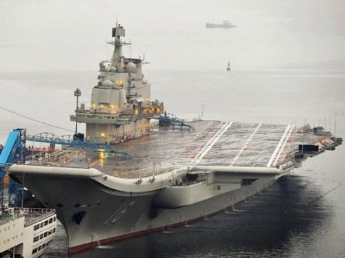 Trung Quốc điều tàu sân bay, chiến đấu cơ tập trận