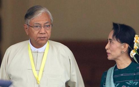 Tân Tổng thống Myanmar thăm Lào