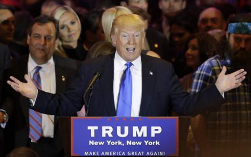 Hứng nhiều chỉ trích, ứng viên Trump kêu gọi đoàn kết sắc tộc