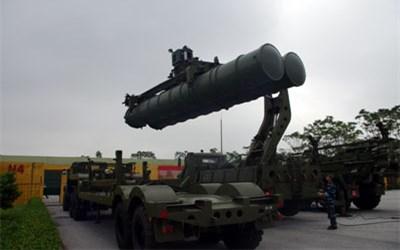 Xem luyện tập vận hành tổ hợp tên lửa S300-PMU1