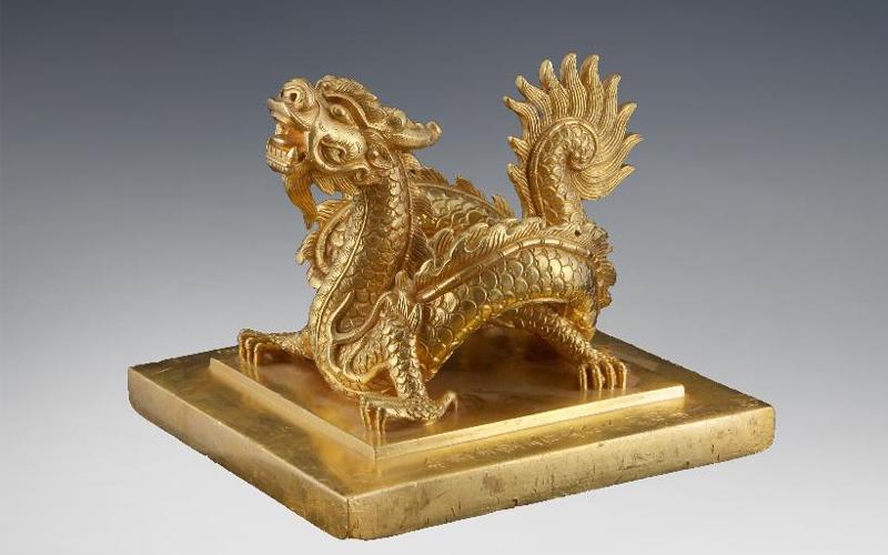 Lần đầu tiên trưng bày 16 bảo vật quốc gia Việt Nam