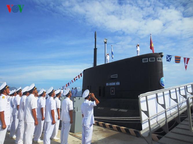 Lễ thượng cờ 2 tàu ngầm Bà Rịa – Vũng Tàu và Đà Nẵng