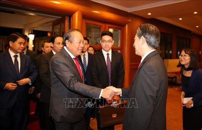 Phó Thủ tướng dự chiêu đãi 70 năm quan hệ ngoại giao Việt-Trung