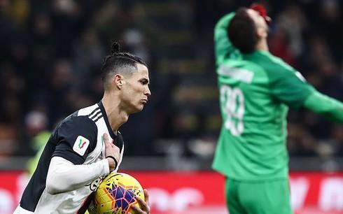 Ronaldo ghi bàn phút bù giờ, Juventus hòa kịch tính AC Milan