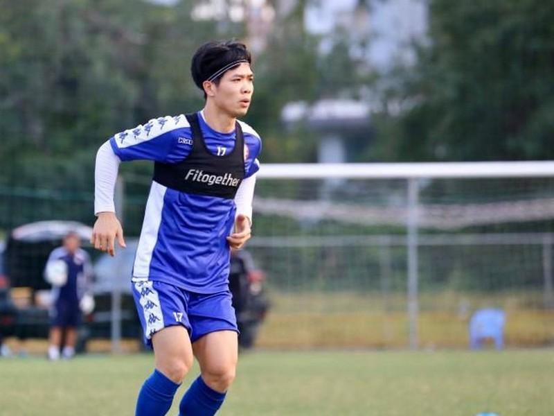 Công Phượng lĩnh xướng hàng công CLB TPHCM trong ngày ra mắt AFC Cup