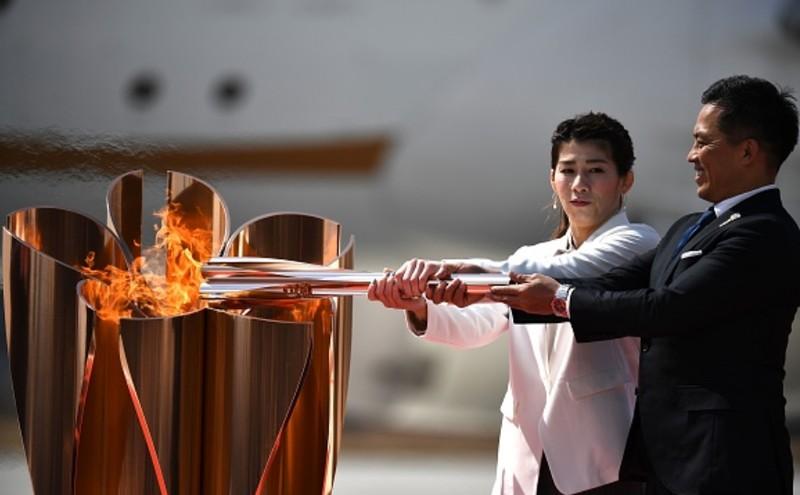 Ngọn đuốc Olympic Tokyo 2020 từ Hy Lạp đã về đến Nhật Bản
