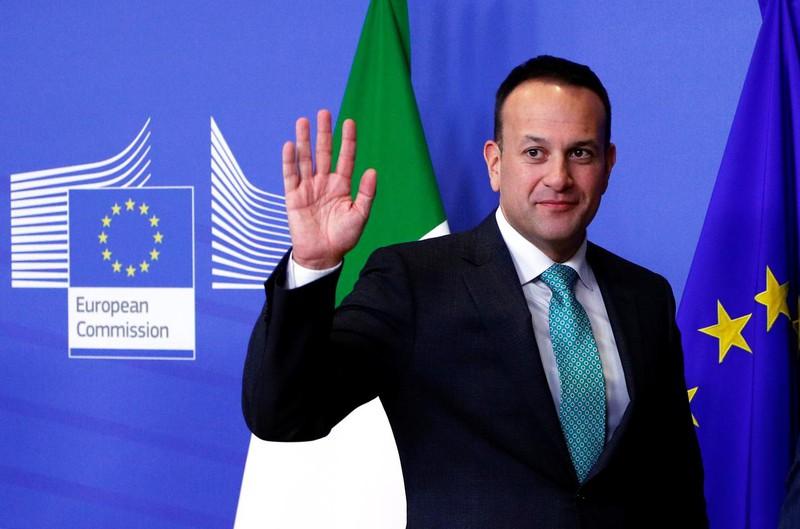 Thủ tướng Ireland đăng ký làm bác sĩ trong 1 tuần hỗ trợ chống Covid-19