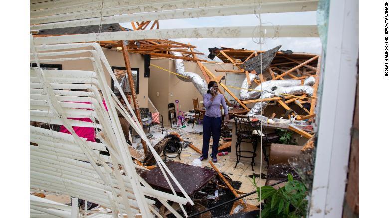 Hơn 30 người chết do mưa bão ở Mỹ