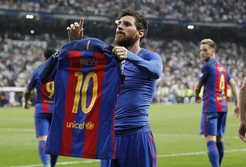 Ngày này năm xưa: Messi cán mốc 500 bàn thắng cho Barca