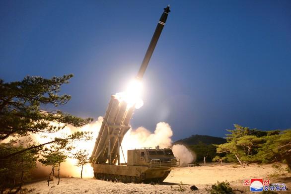"""Triều Tiên phóng tên lửa hành trình """"chống hạm"""" tầm ngắn"""
