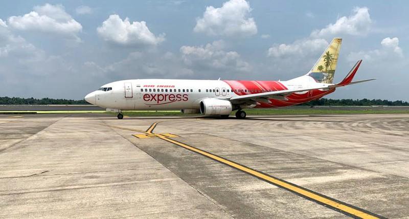 Gần 200 chuyến bay nội địa ở Ấn Độ bị hủy trong ngày đầu vận hành trở lại