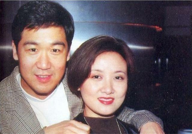 """Hôn nhân 31 năm của diễn viên """"Tể tướng Lưu Gù"""""""
