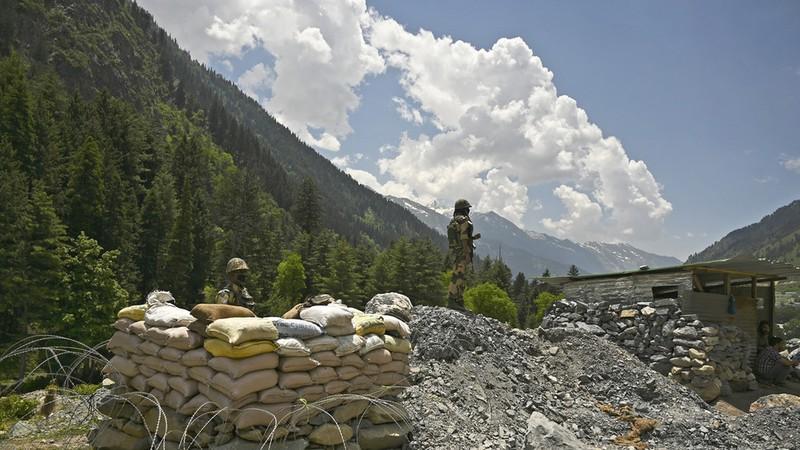 Bộ trưởng Ấn Độ tiết lộ thương vong của Trung Quốc trong xung đột biên giới