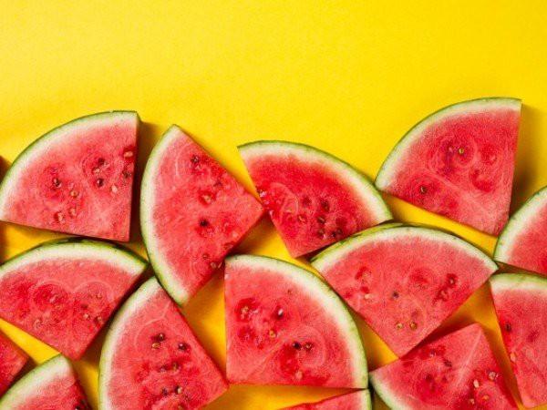 12 thực phẩm giúp giải nhiệt vào mùa hè